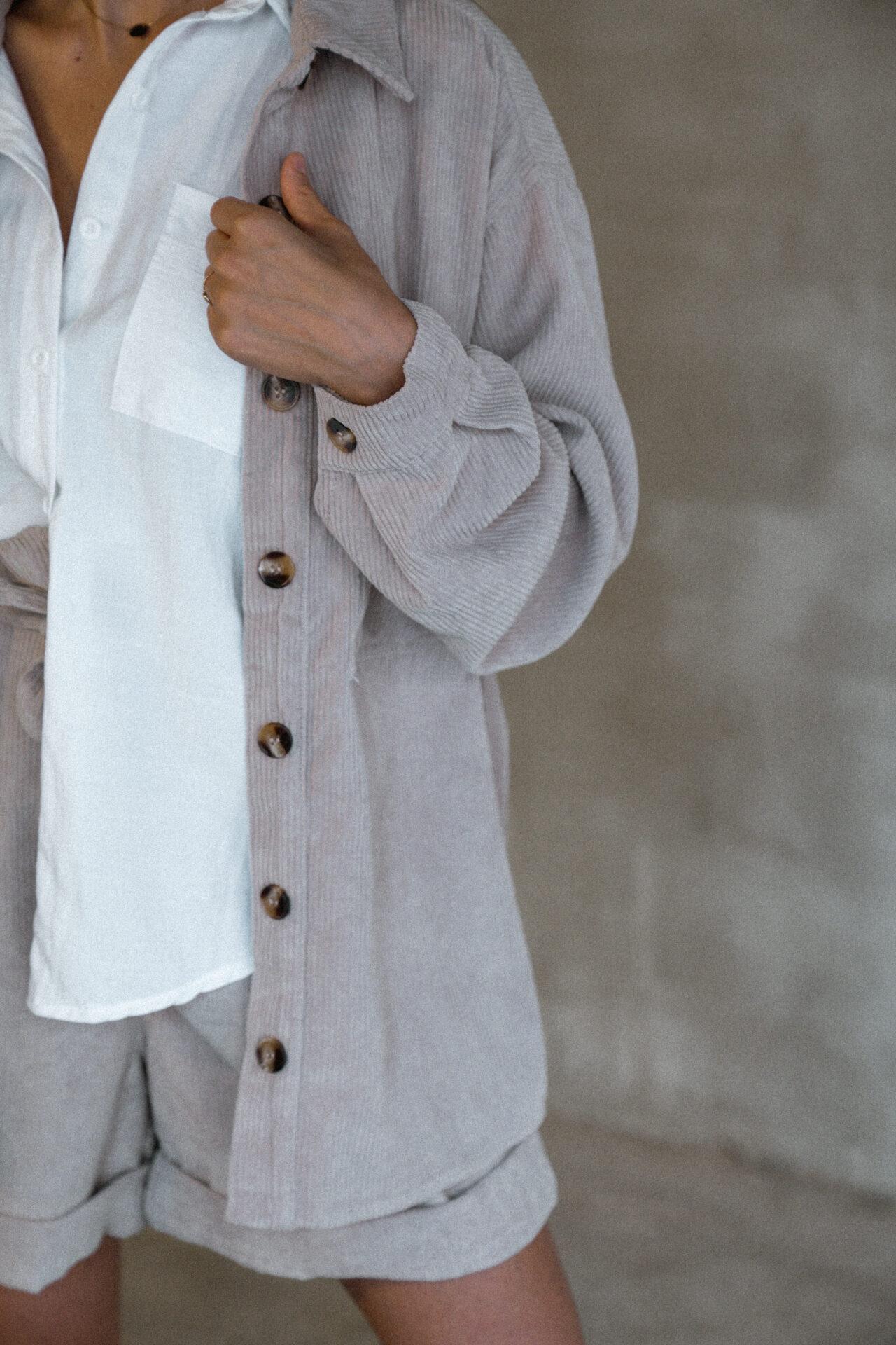 ensemble-veste-chemise-velour-cotelé-femme-beige-gisette-store (16)
