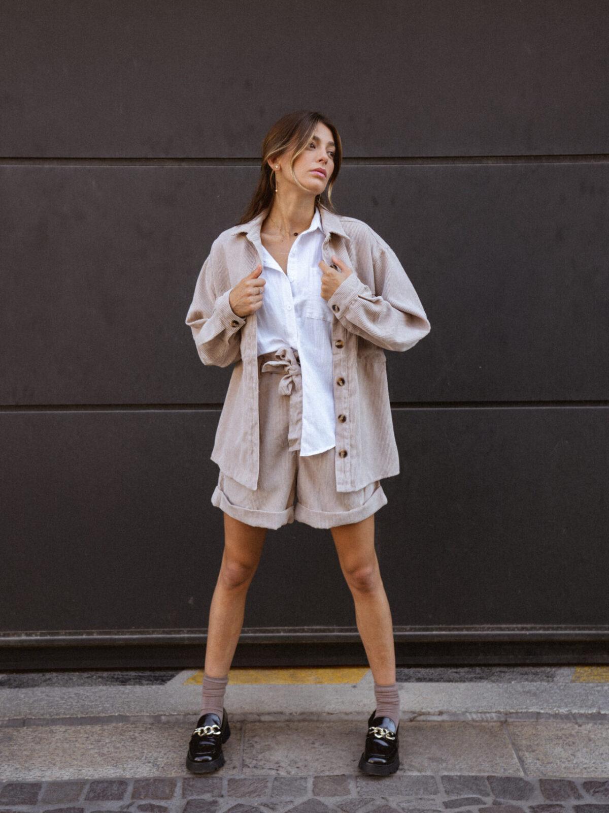 ensemble-veste-chemise-velour-cotelé-femme-beige-gisette-store (24)