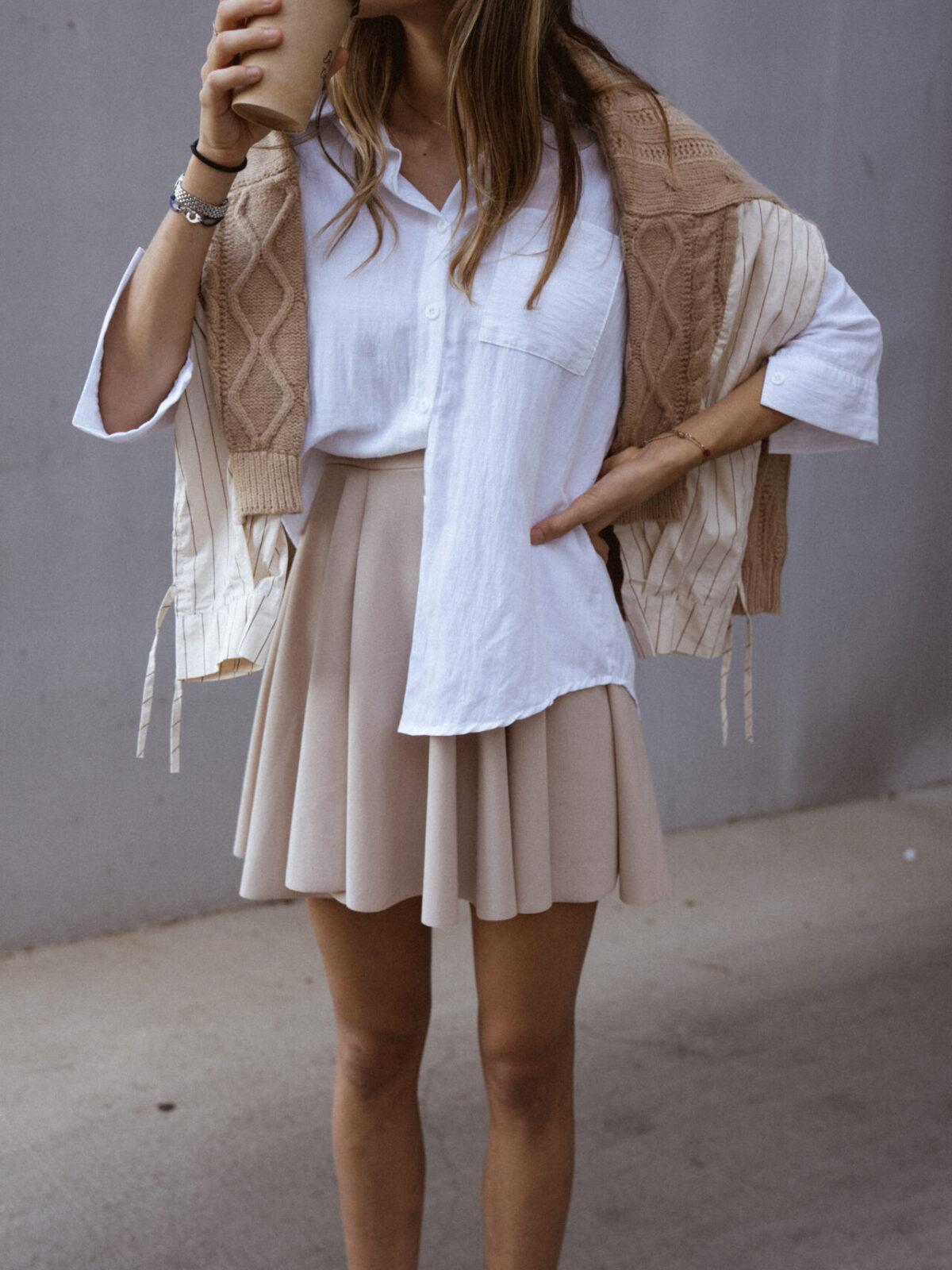 jupe-patineuse-beige-pull-beige-chemise-femme-gisette-store (32)