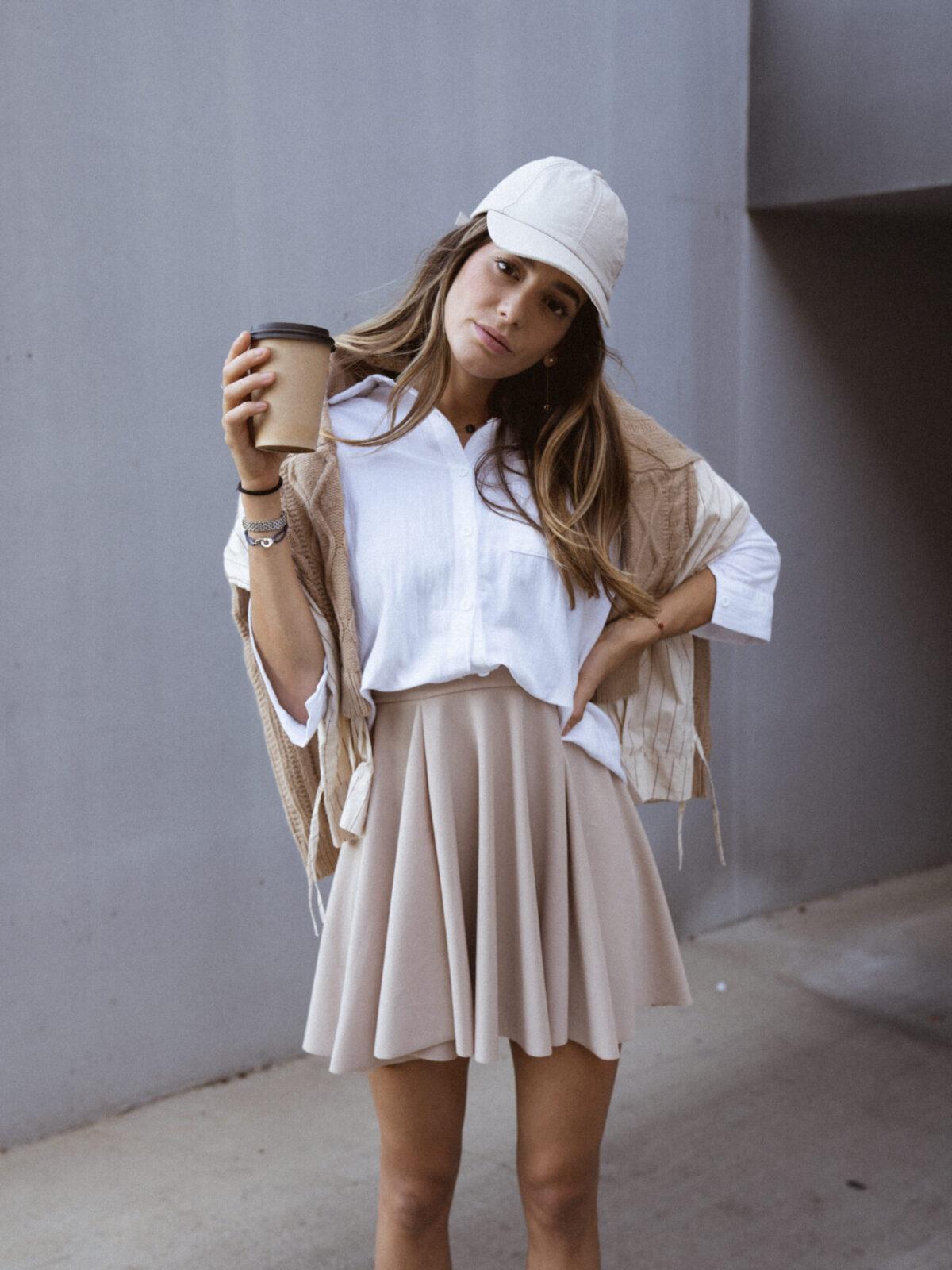 jupe-patineuse-beige-pull-beige-chemise-femme-gisette-store (37)