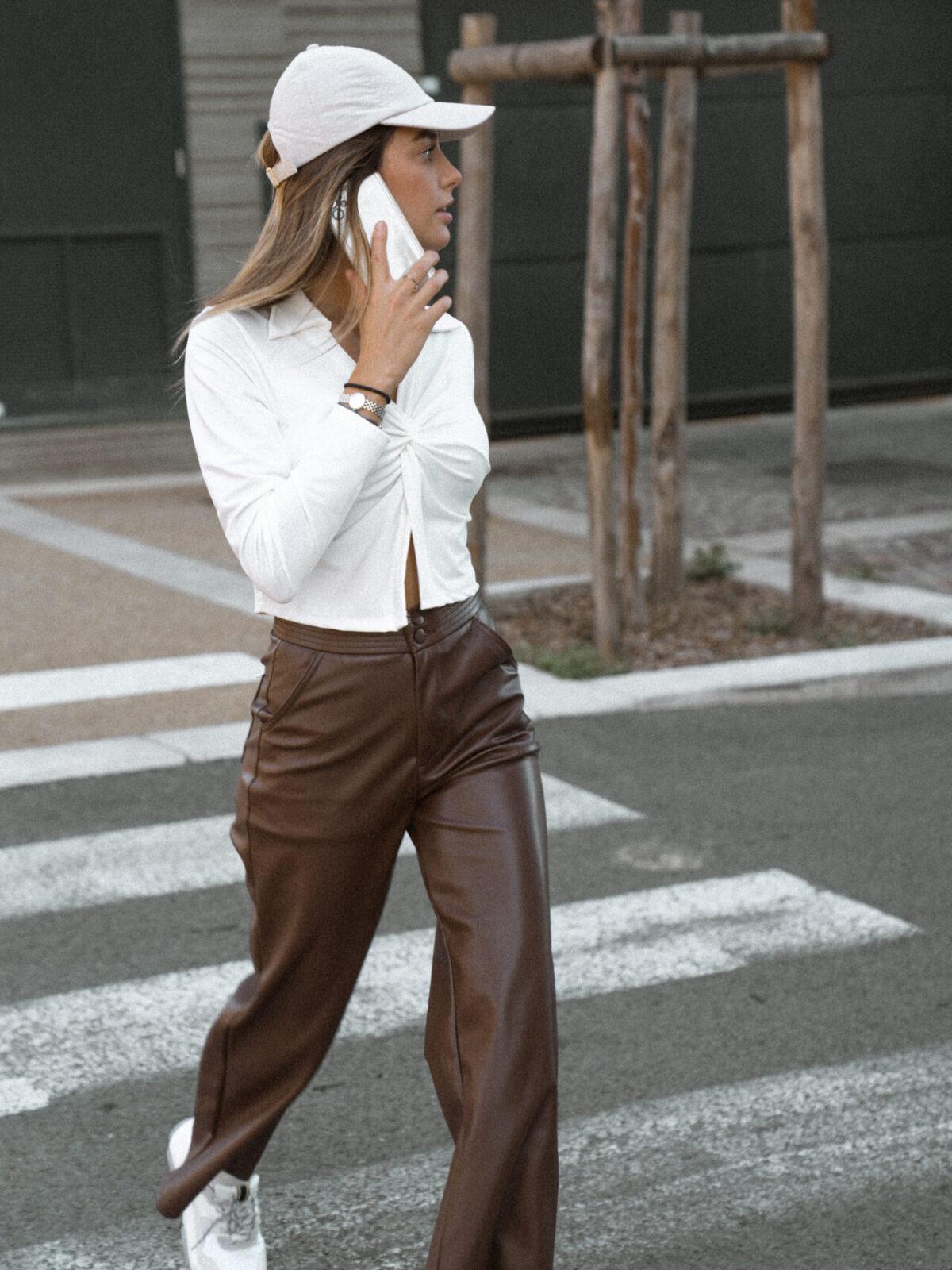 pantalon-simili-cuir-marron-chocolat-femme-gisette-store (9)