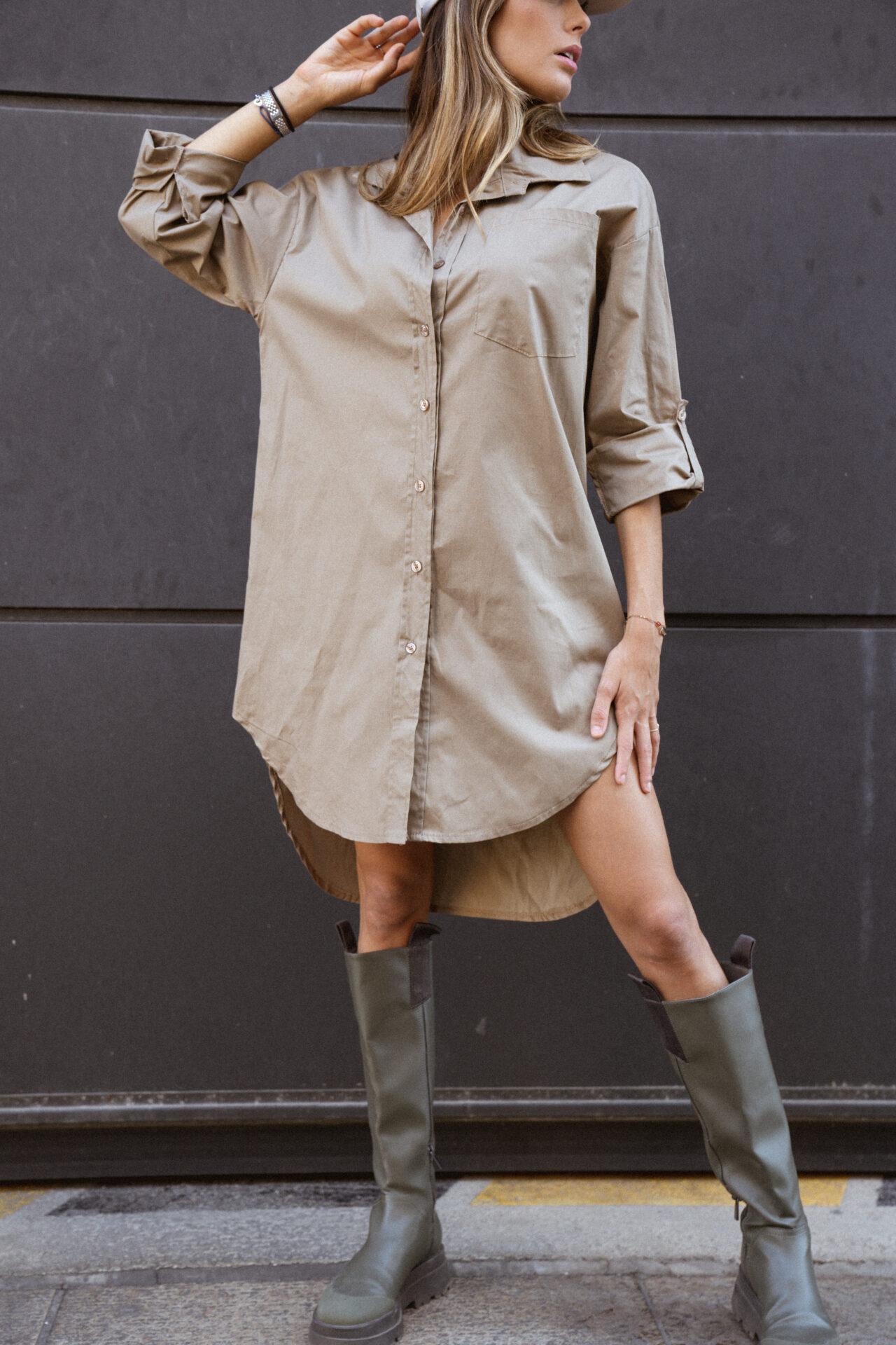 robe-chemise-beige-botte-de-pluie-casquette-femme-gisette-store (15)