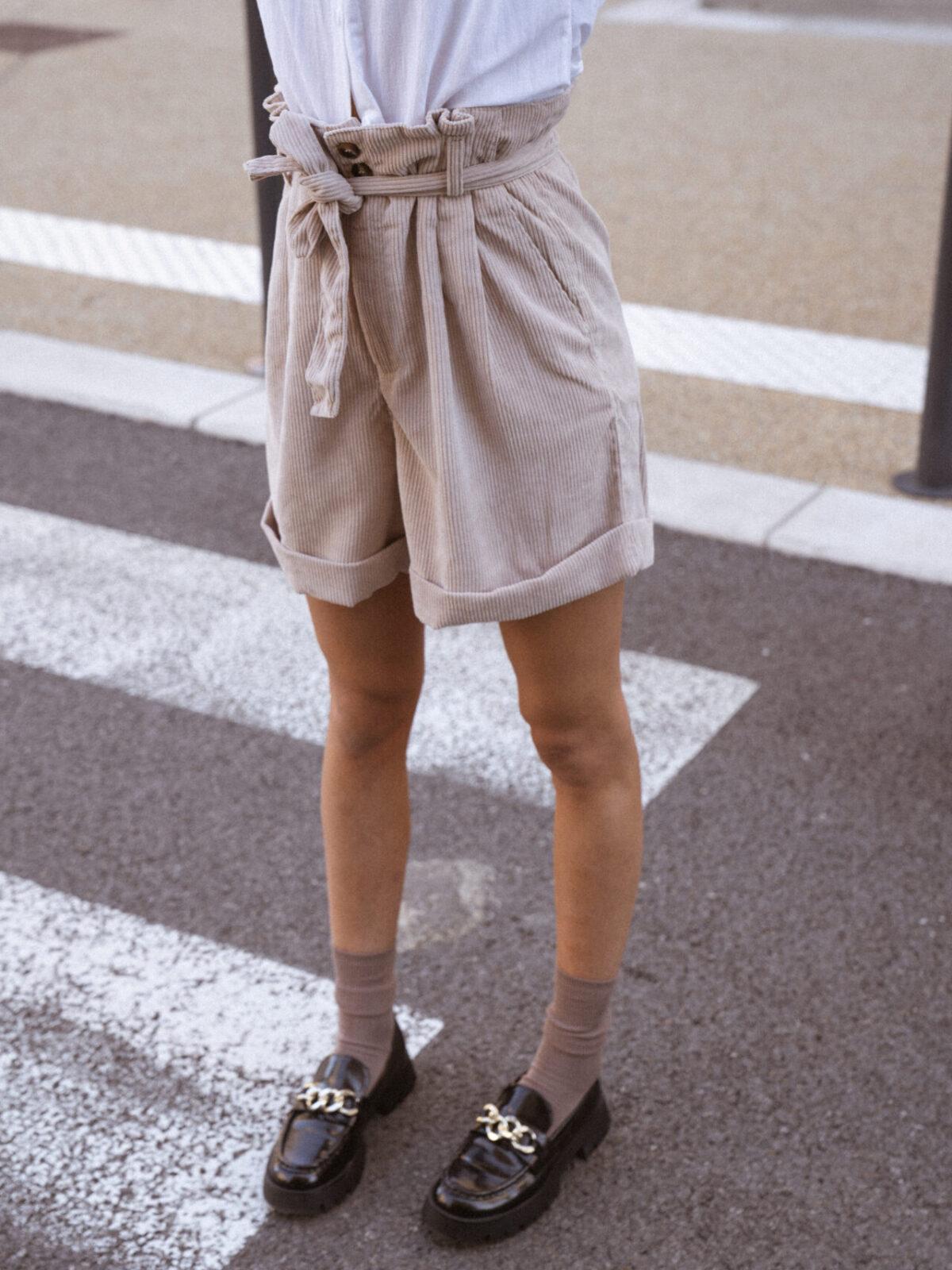 short-velour-cotelé-beige-femme-gisette-store (14)
